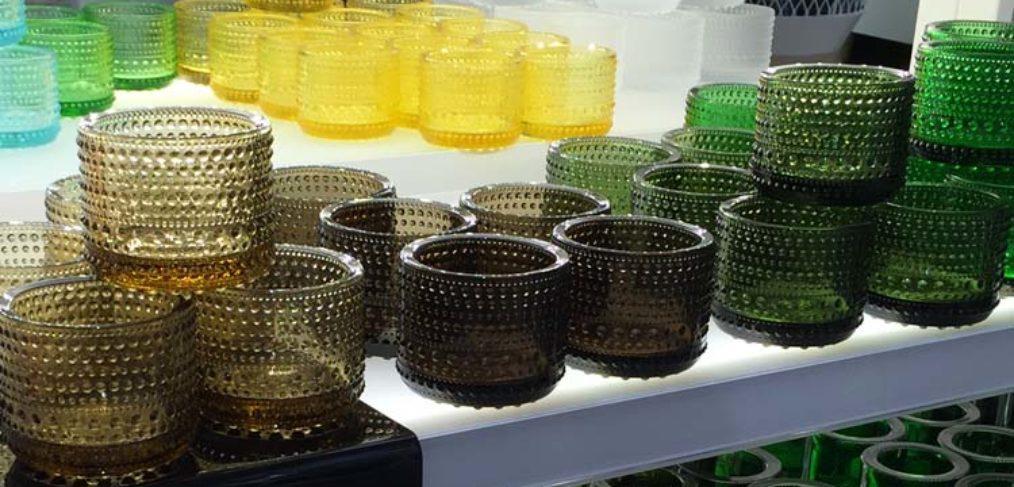 vasi di design in vetro colorato
