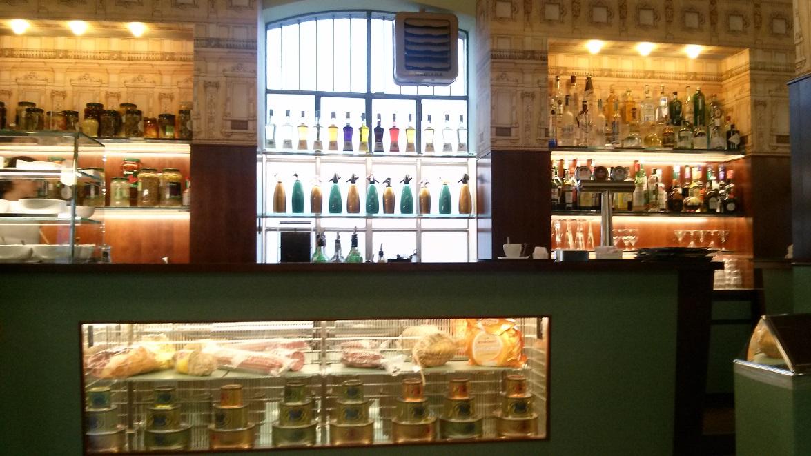Fondazione Prada, Bar Luce