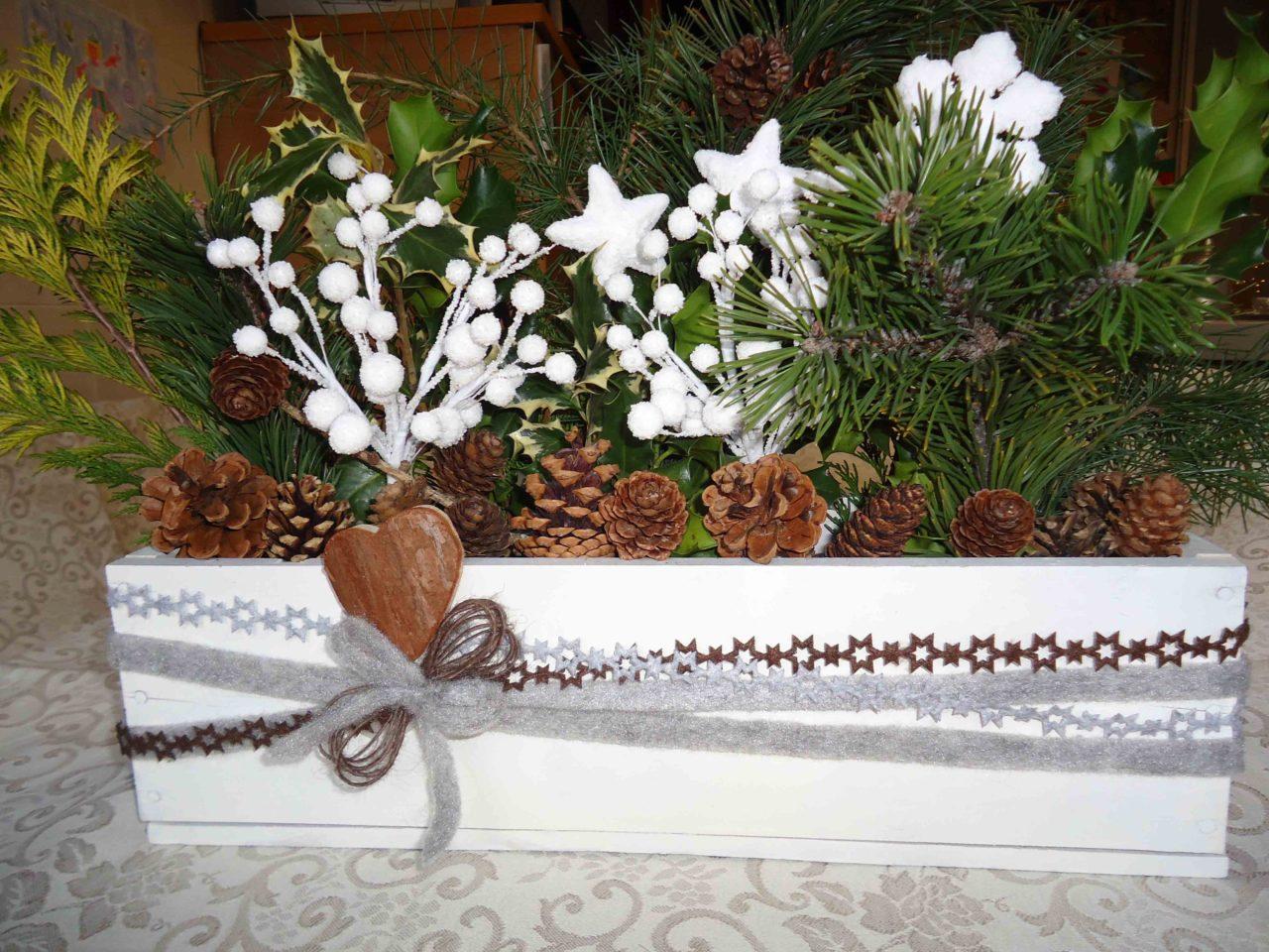 Table setting in stile nordico apparecchiamo la tavola di - Centrotavola di natale decorazioni ...