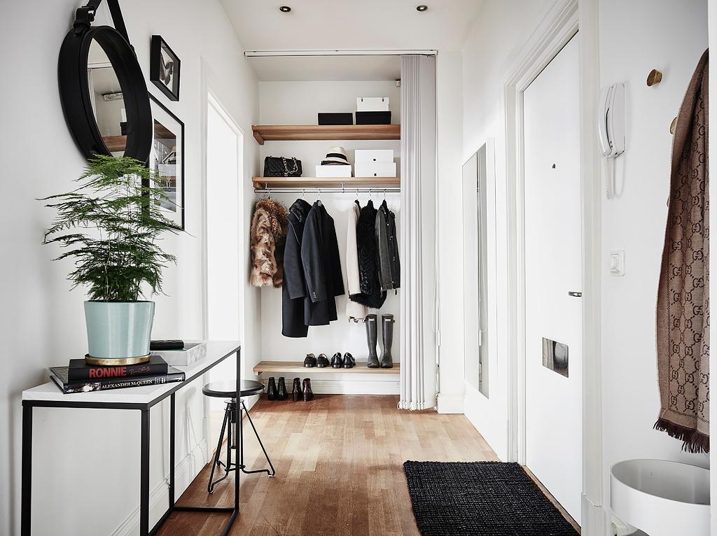 Una casa scandinava piena di luce Soluzioni per ingresso casa