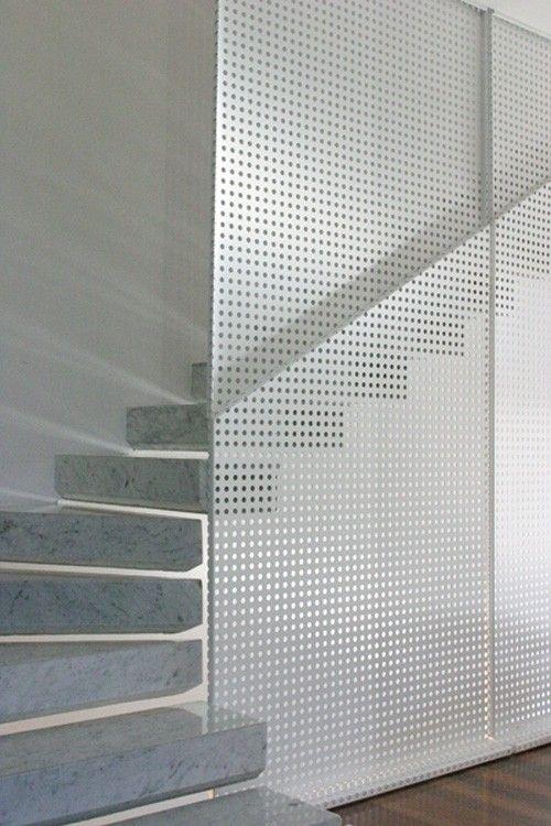 ringhiera per scala interna a parete in metallo, bianca