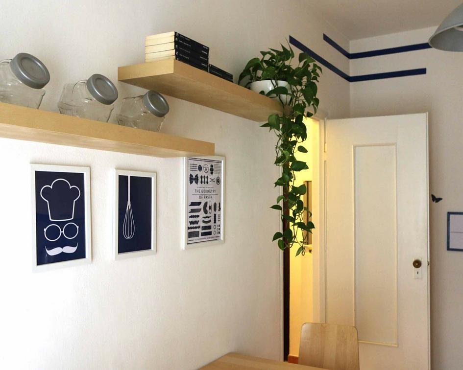 relooking piccolo bilocale affitto - parete cucina