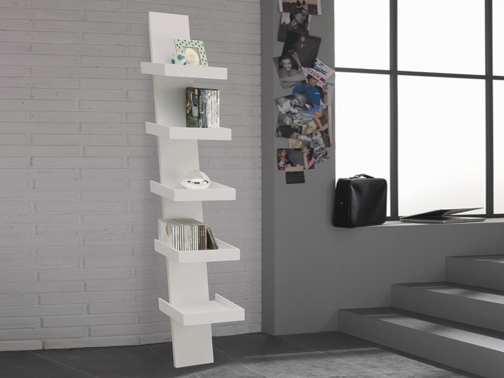 Libreria Climbing con scaffali in legno